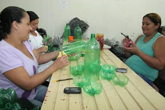 Aparador Mesa Retratil ~ Novo Mil u00eanio Programa de reciclagem Lixo que vira Luxo Cubat u00e3o SP (2)