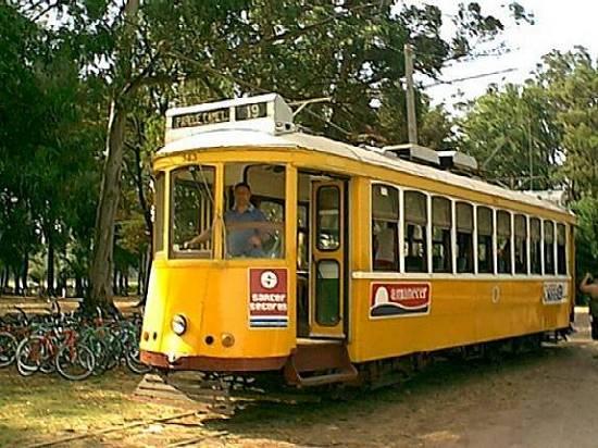 Le vieux tram de Parque Camet toujours en service